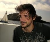 Yann Chevillion, beau brun ténébreux